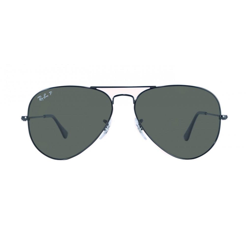 21f772618ec41 Montura metálica negra, estilo aviador con patas negras con terminal en  negro . Lentes polarizados color verde clásico ...