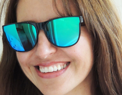 eyed11019-green mirrored lenses